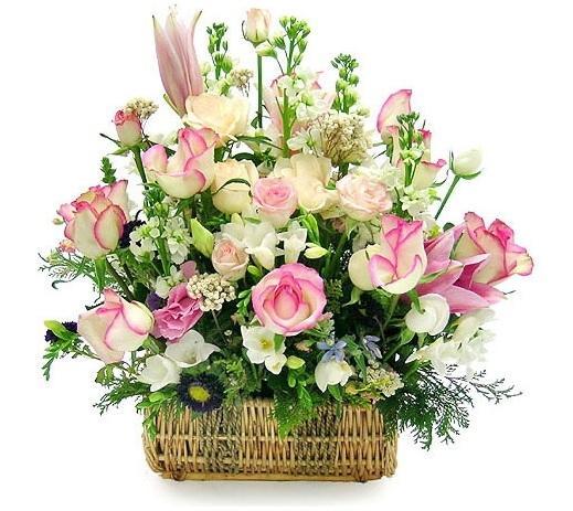 Tặng hoa cho mẹ chồng với những bó hoa hay giỏ hoa phù hợp với tính cách là được