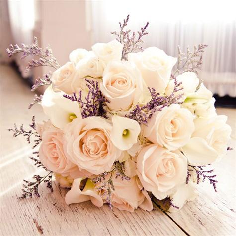 Chọn hoa cưới cô dâu cần tránh điều gì