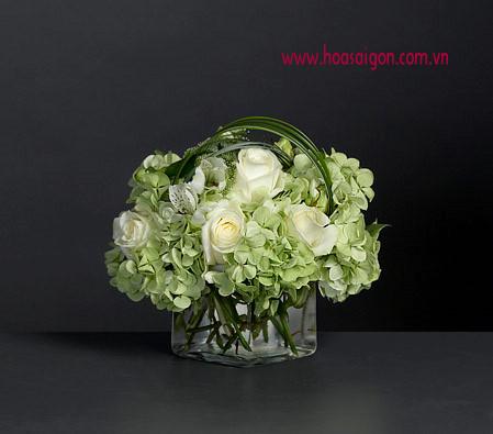 Hoa cưới bàn tiệc HT04