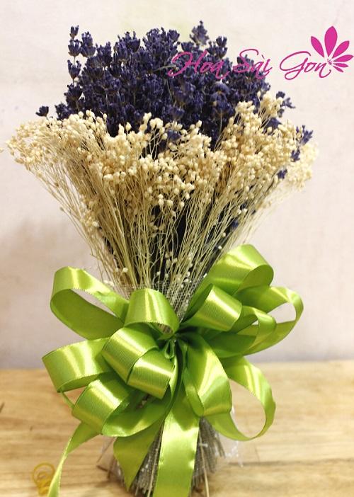 Qua tang hoa lavender duoc ua chuong tai Viet Nam