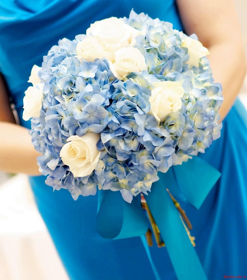 Kết quả hình ảnh cho cách chọn hoa cưới theo dáng người